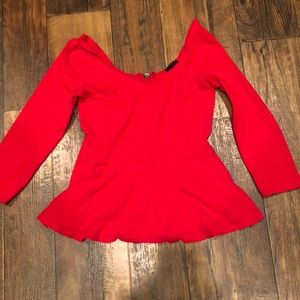 Red Express top-3/4 length sleeves